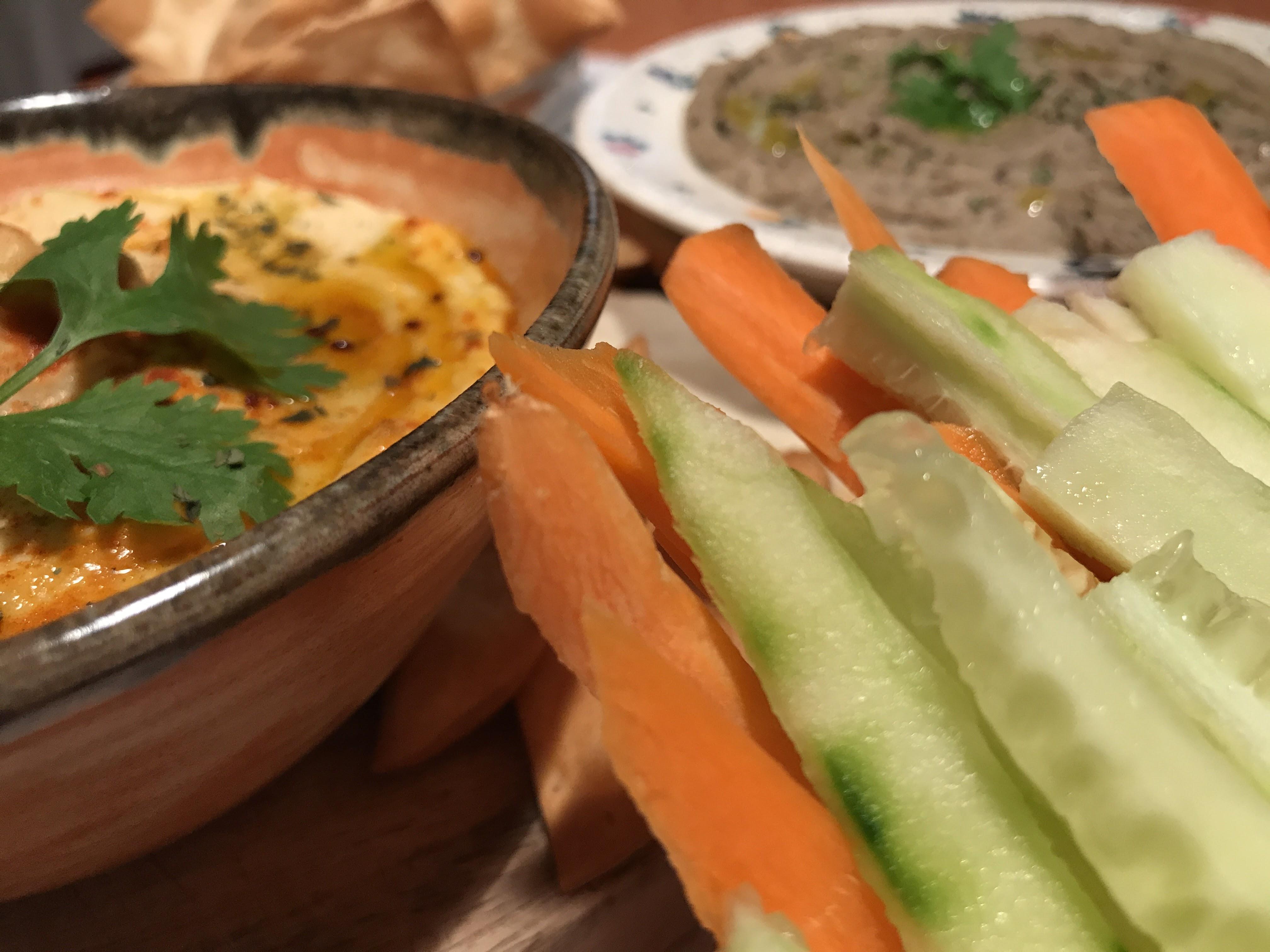 Hummus y baba ganoush (159)