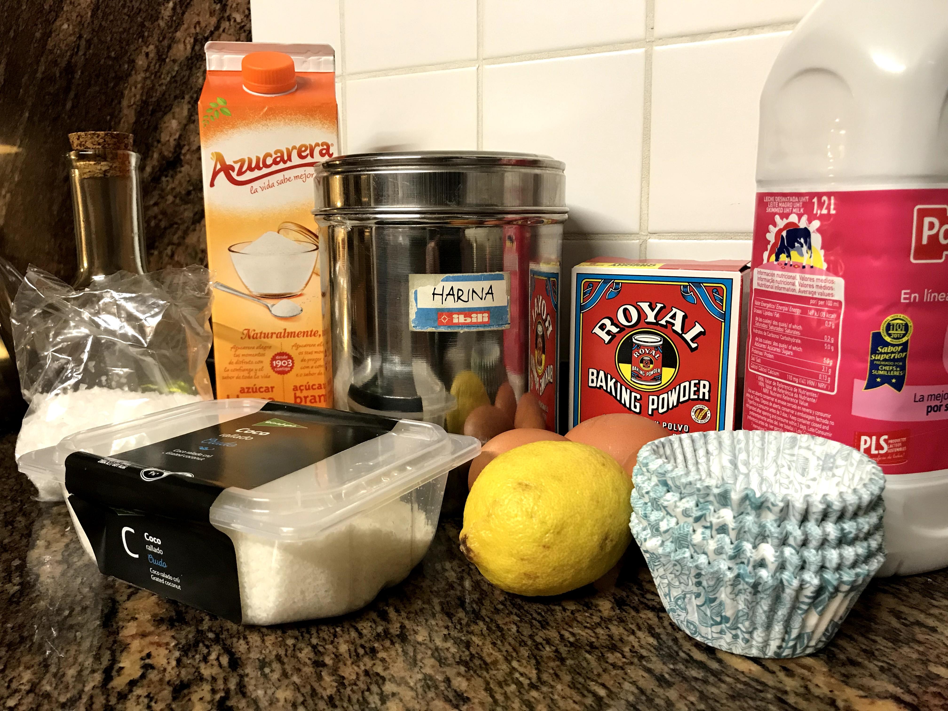 Magdalenas de coco y limón